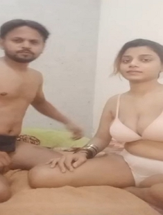 Hot And Sexy Married Paki Wife Series (Massage) 2