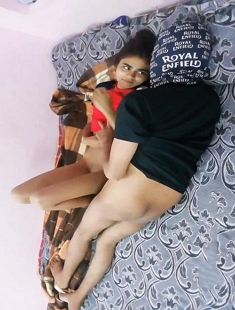 Sexy Desi Girl Blowjob And Fucking