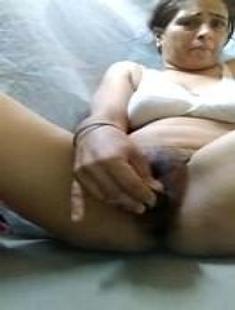 Horny Bhabhi Masturbating With Cucumber with Clear Hindi Talk