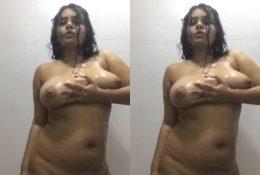 Desi Girl Nude Dance In Bathroom 1