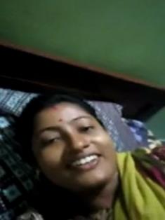 Desi Bhabhi Hard Fucking With Moaning Husband Is So Horny