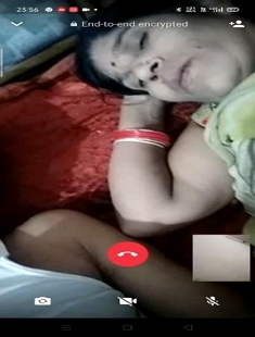 Hubby Showing Wife Boobs on Video Call