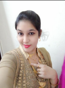 Beautiful Married Indian Bhabi Bj And Fucking With Hindi Talk