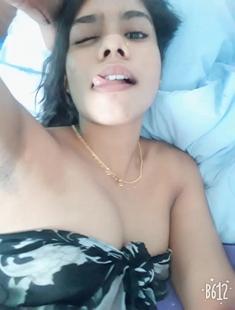 Sexy Tamil Girl Leaked Selfie Video 3