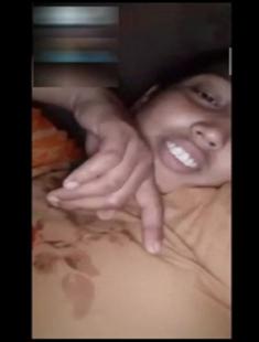 Bangladeshi Sexy Village Girl Fingering On Video Call