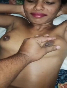 Desi Aunty Boobs Press And Pussy Spreading