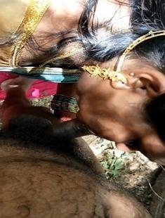 Big Ass Telugu Wife Blowjob In Jungle
