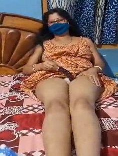 Sexy Arpita Masturbation With Baigan