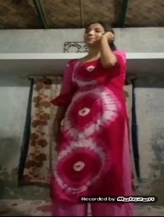 Bangladeshi Beautiful Cute Shy Girl Showing