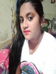 Desi Girl Showing Her Big Boobs On Video