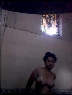 Cute Desi girl Bathing and Fingering 4